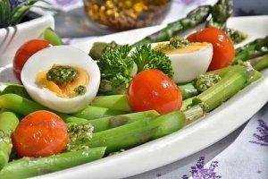 Spargelsalat - ein guter Kohlenhydrat-Lieferant